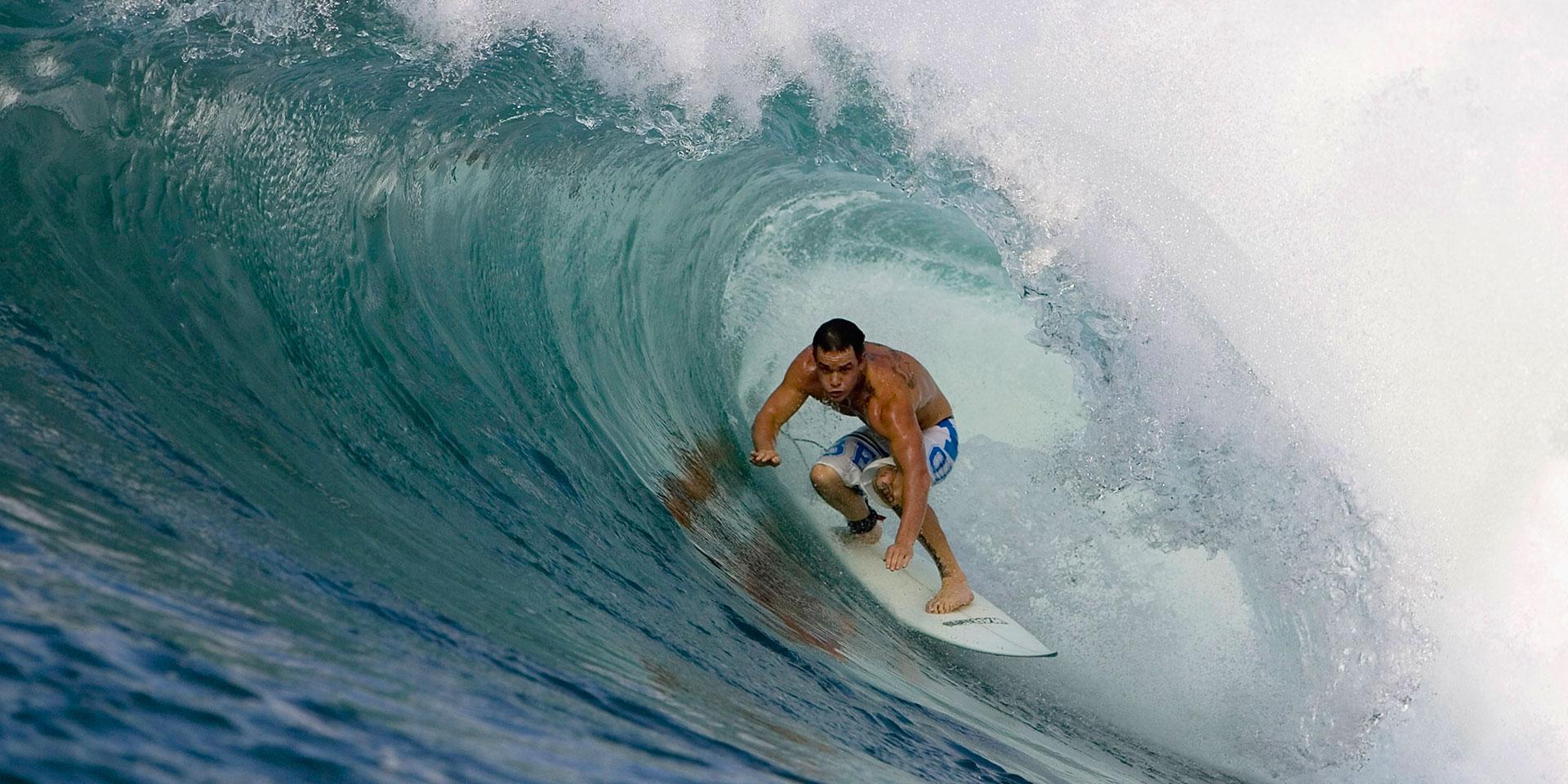 Inilah 7 Lokasi Surfing Terbaik Paling Menantang di Bali